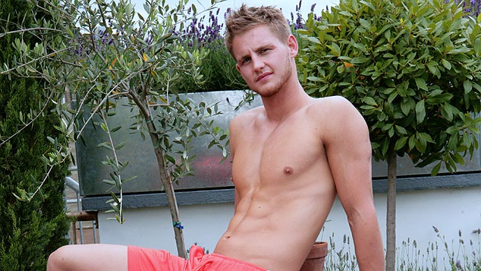 lad king English naked jamie